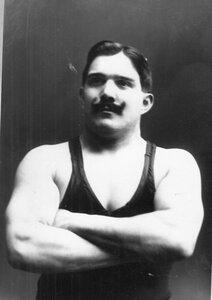 Портрет участника чемпионата Ригера.