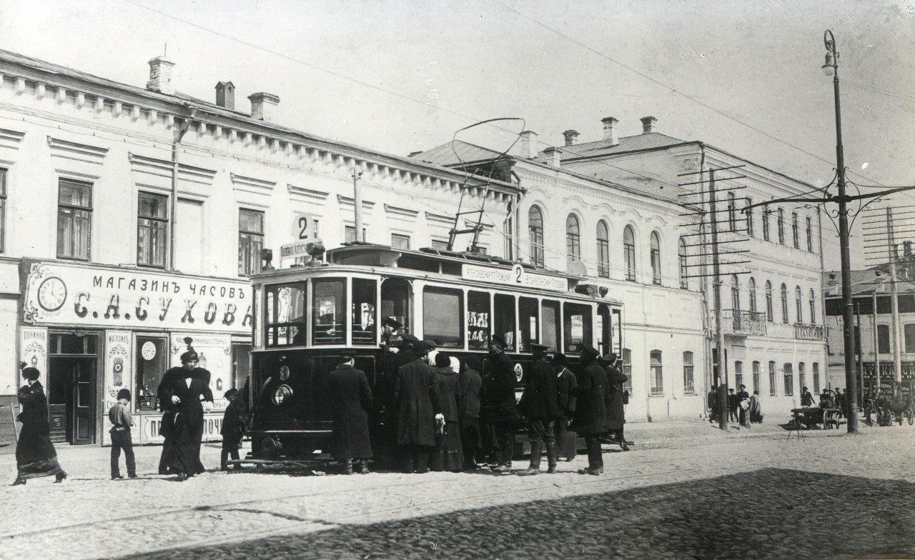 Трамвай на Заводской улице