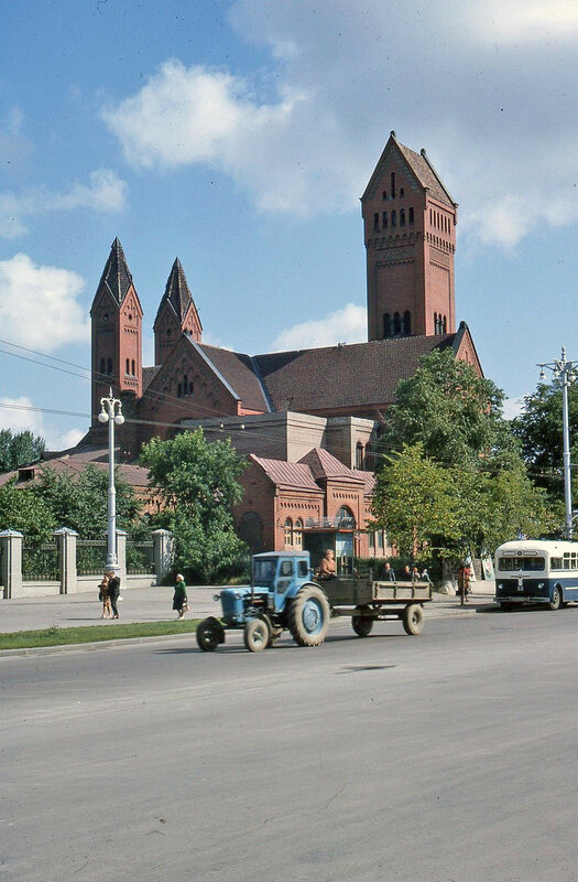 1965 Church Street Scene Minsk.jpg