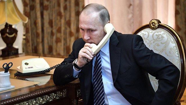 Стали известны подробности телефонного разговора Владимира Путина с президентом США Дональдом Трампом