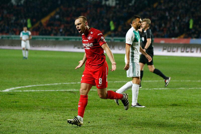 Денис Глушаков: Когда я забил, Ещенко крикнул: «С возвращением!»