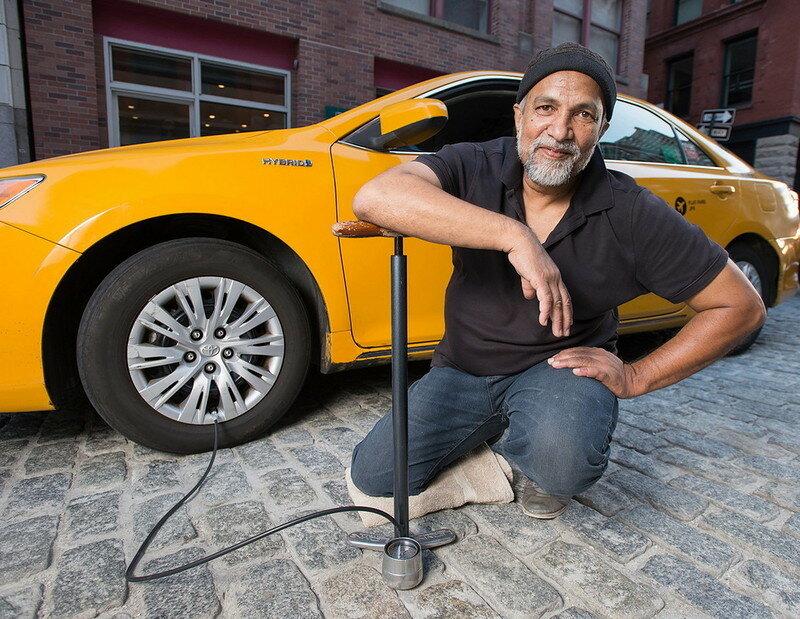 0 179c3d e0a83b1 XL - Нью-Йоркские таксисты выпустили календарь со своими фотографиями