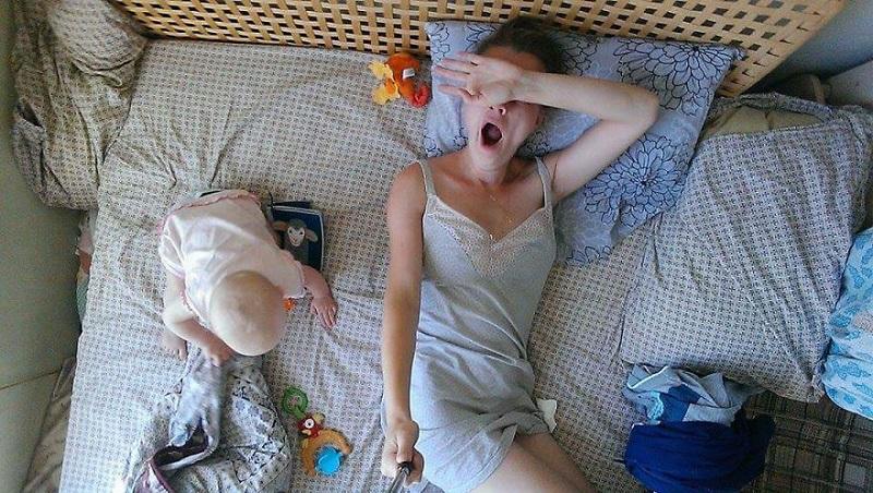 День сурка. Рай и ад материнства. Дневник молодой мамы (26 фото)