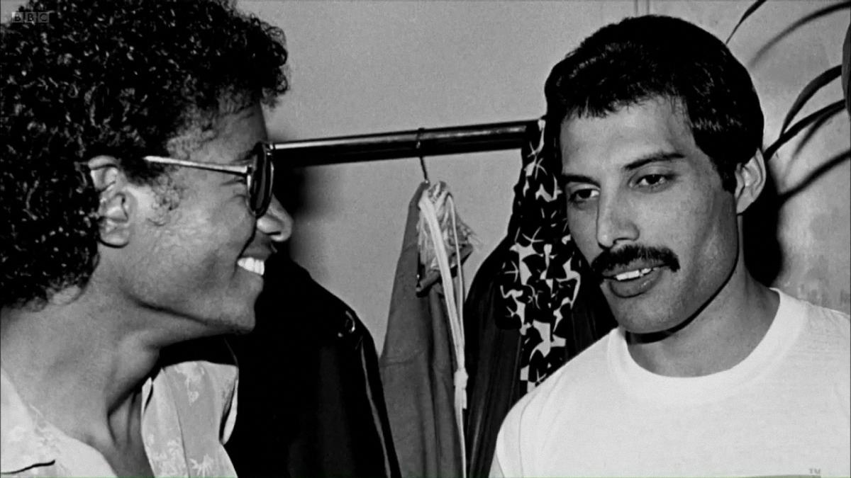 27. Майкл Джексон и я отдалились друг от друга после невероятного успеха его «Триллера». Он просто з