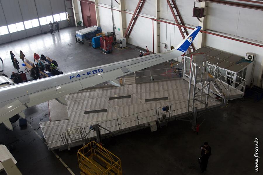 Air_Astana_201410.JPG