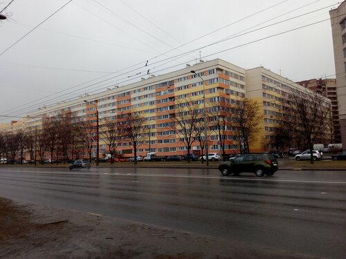 пр. Маршала Жукова 34, парадные 15-24