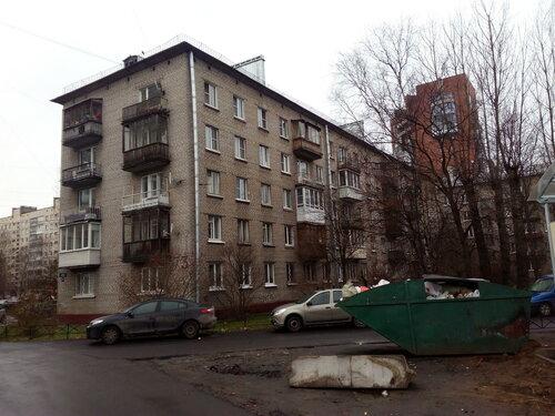 ул. Ленсовета 73к1