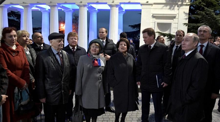 Президент РФ Владимир Путин посетил Севастополь