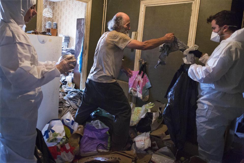 В доме плюшкина: фотограф год документировал жизнь  француза с синдромом Диогена