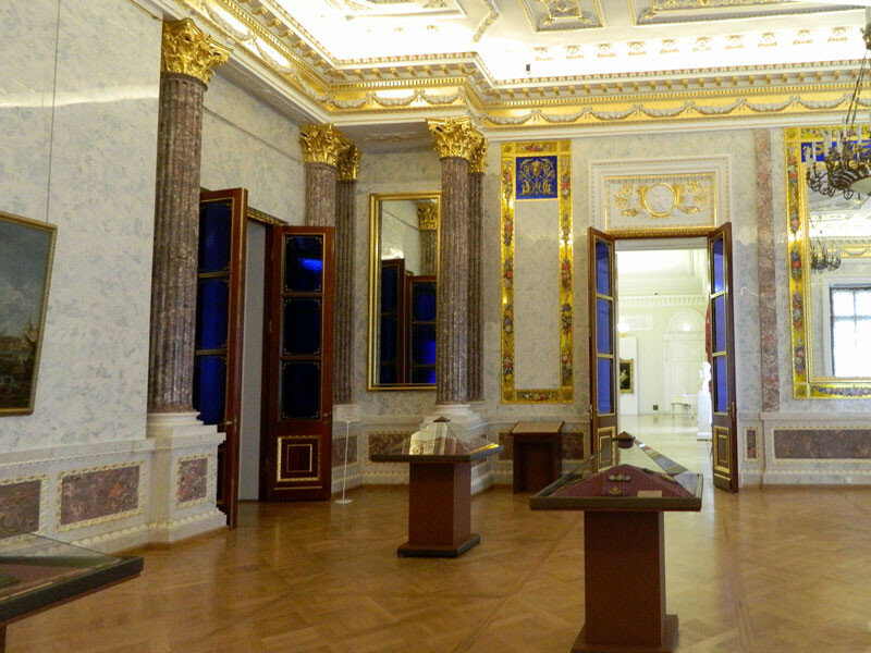 Михайловский замок. Мраморная галерея