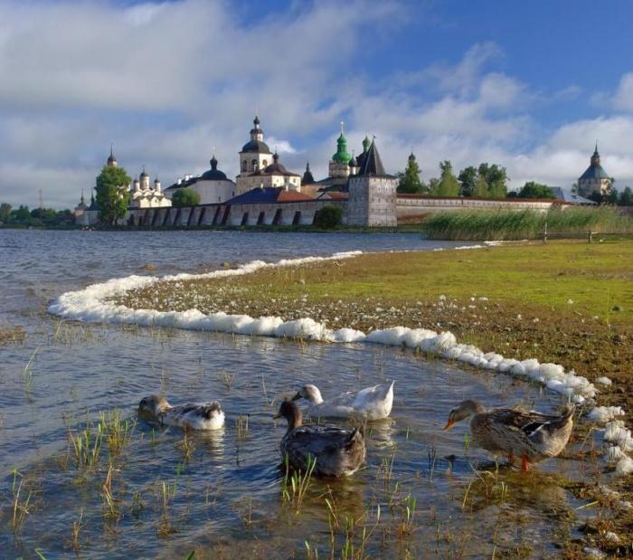 Кирилло-Белозерский монастырь.   Кириллов — старинный русский город с главной жемчужиной, Кирил