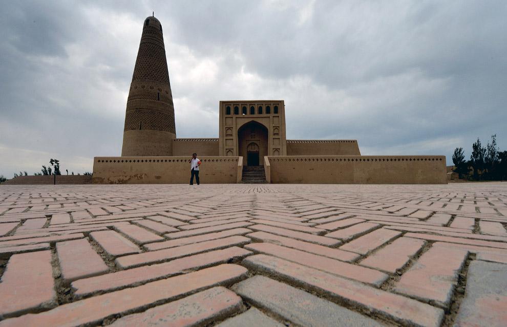 19. О деталях. Двери мечетей в Кашгаре, Синьцзян. (Фото Thomas Peter   Reuters):