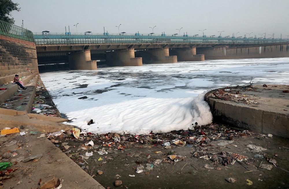 Вода в реках Индии является небезопасной