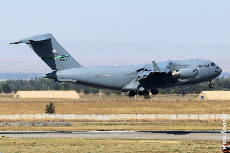 C-17_60003_US_AIR_FORCE_1_FRU_for_.JPG