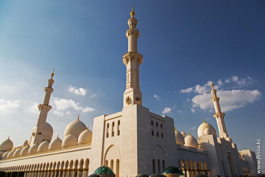 Abu-Dhabi21.JPG
