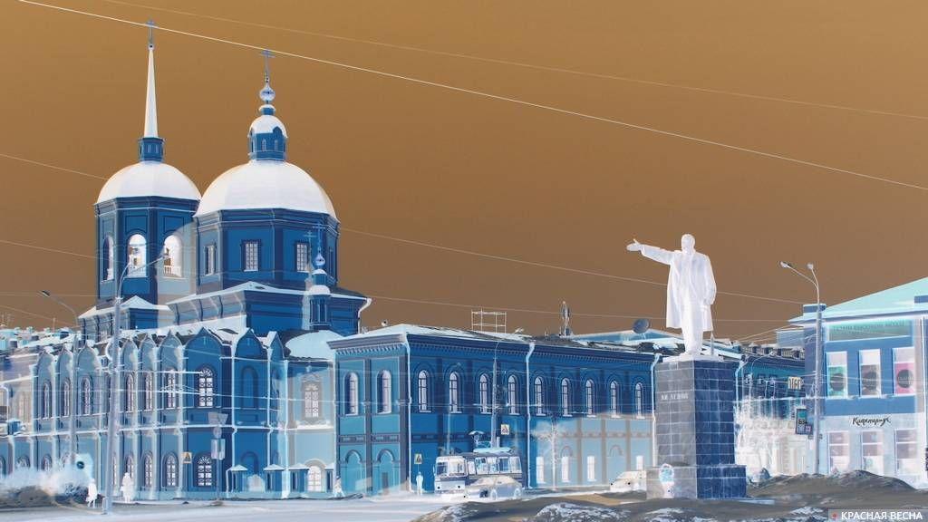 20180304_00-19-Общественник подал в суд на деятеля РПЦ за приравнивание Ленина к Гитлеру