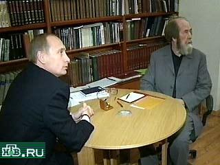 20000921-Путин побывал в гостях у Солженицына-pic1