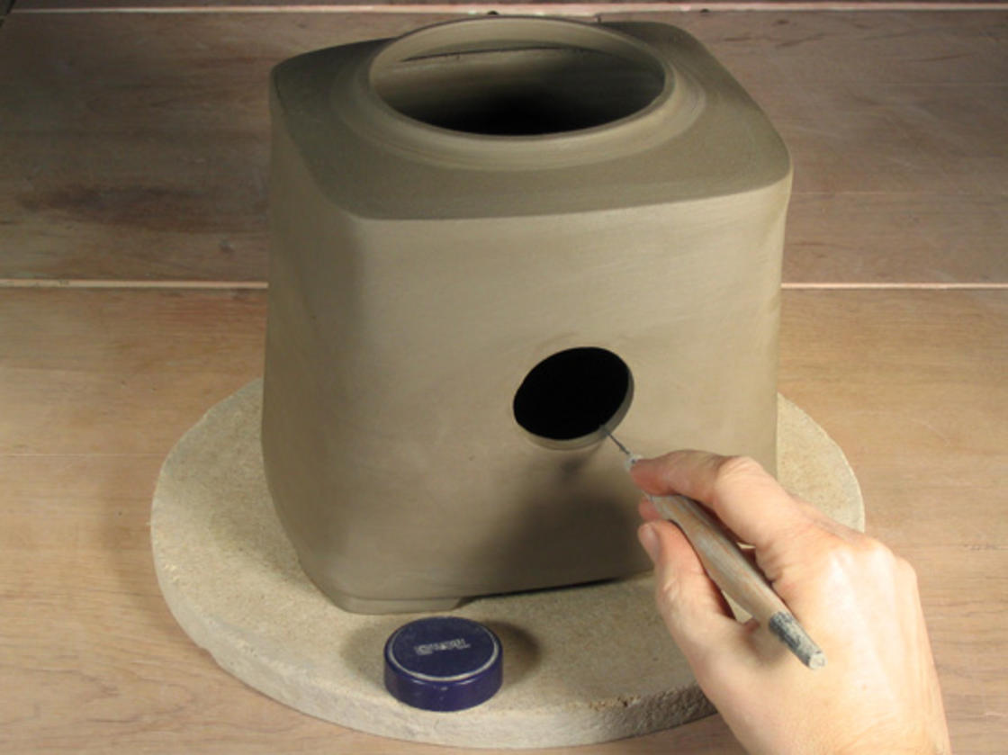 This potter creates amazing ceramic pinhole cameras