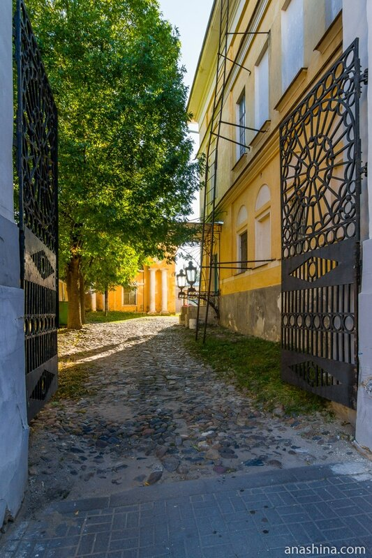 Ворота, Усадьба Золотаревых-Кологривовых, Калуга