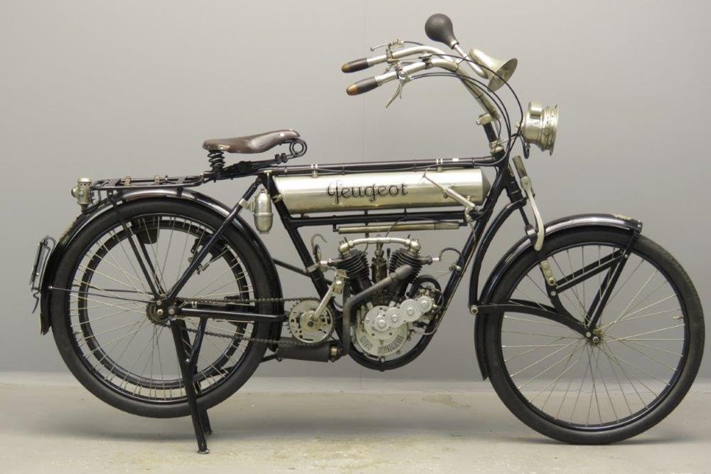 Старинный велоцикл Peugeot Legere 1913