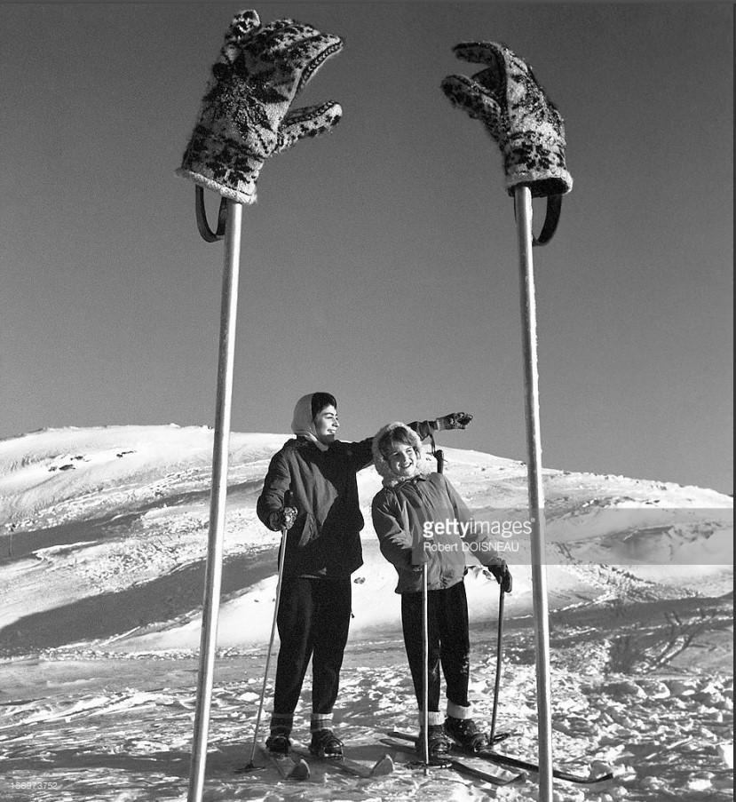 1957. Лыжные палки и перчатки в Лаффре
