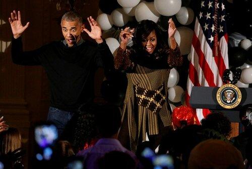 Барак Обама исполнил «танец зомби» на Хэллоуин