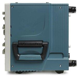 Цифровой осциллограф DPO7054C - вид справа
