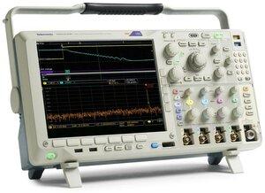 Осциллограф смешанных сигналов MDO4024C  . Внешний вид
