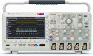 Осциллограф цифровой MSO2004B  . Внешний вид
