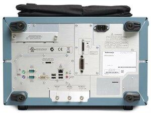 Цифровой осциллограф MSO71254C - вид сзади