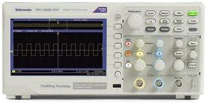 Цифровой осциллограф TBS1072B-EDU - вид спереди