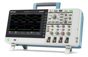 Цифровой осциллограф TBS2104 - Вид в изометрии
