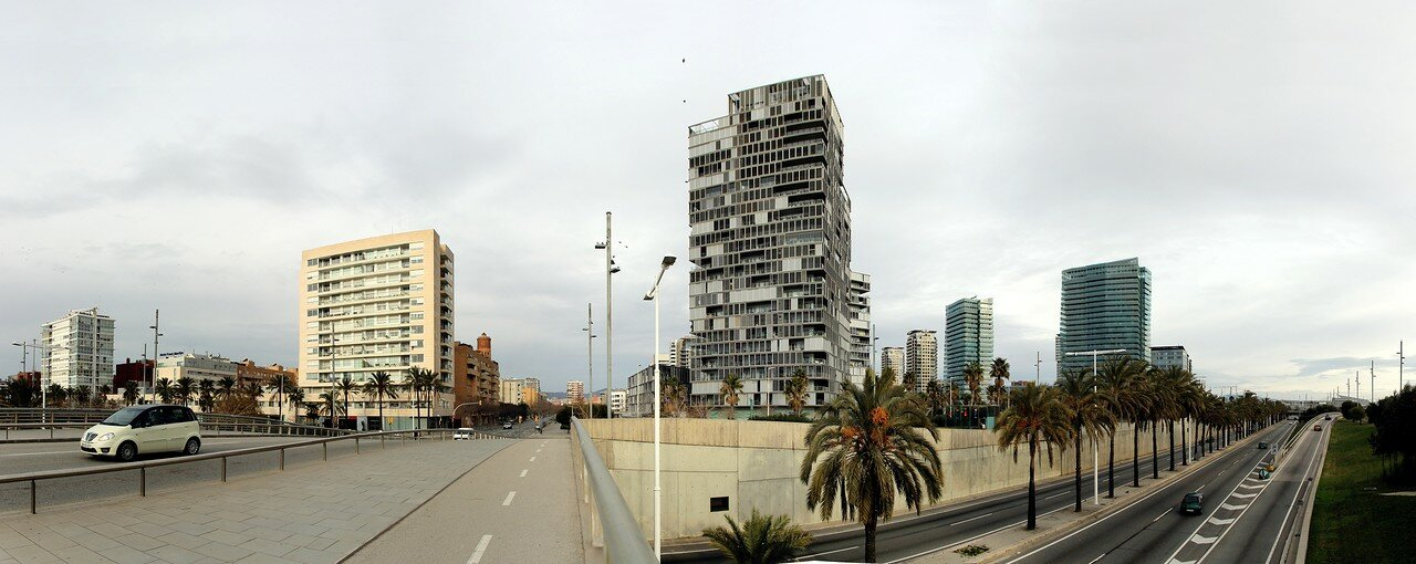 Barcelona. Passeig de Garcia Fària. Panorama