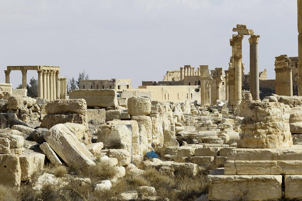 16. Пальмира — некогда один из богатейших городов поздней античности (обычно ограничиваемый III