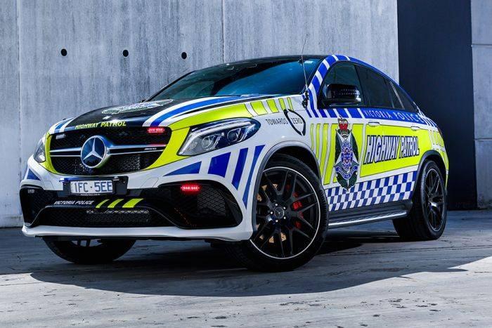 Под капотом GLE 63 S Coupe стоит 5,5-литровый восьмицилиндровый твин-турбо мотор мощностью 585 лошад