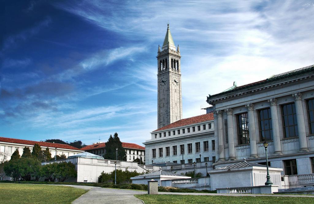 США. Калифорния. Калифорнийский университет в Беркли. (Charlie Nguyen) 7 место