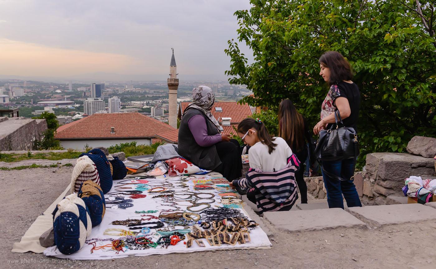 32. Жительницы Анкары не очень любят красоваться в кадре. Отзывы об отдыхе в Турции в 2016 году. 1/640, -0.67, 5.6, 1000, 32.