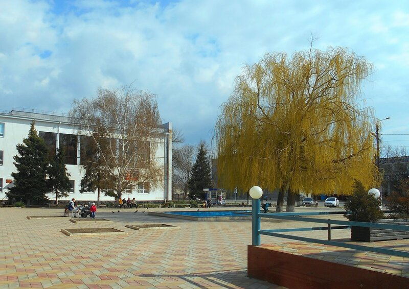 Площадь... мартовский день ... DSCN4620.JPG