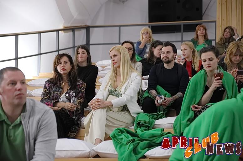 Летний кинотеатр-лекторий на ВДНХ