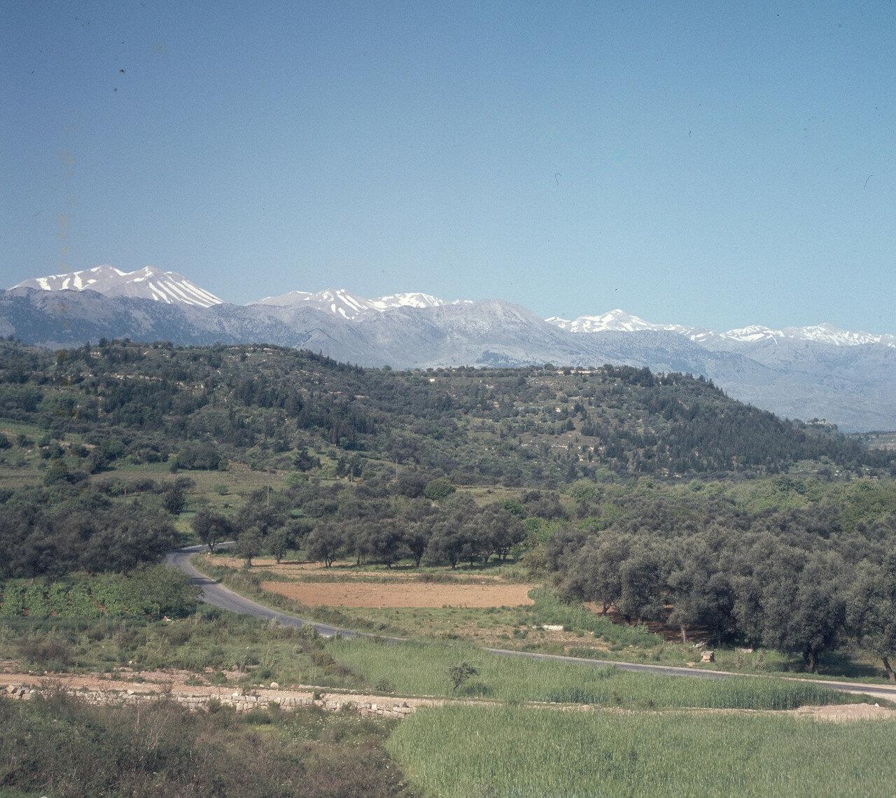 Георгиуполис. Белые горы (Левка Ори) на северном побережье. 1968