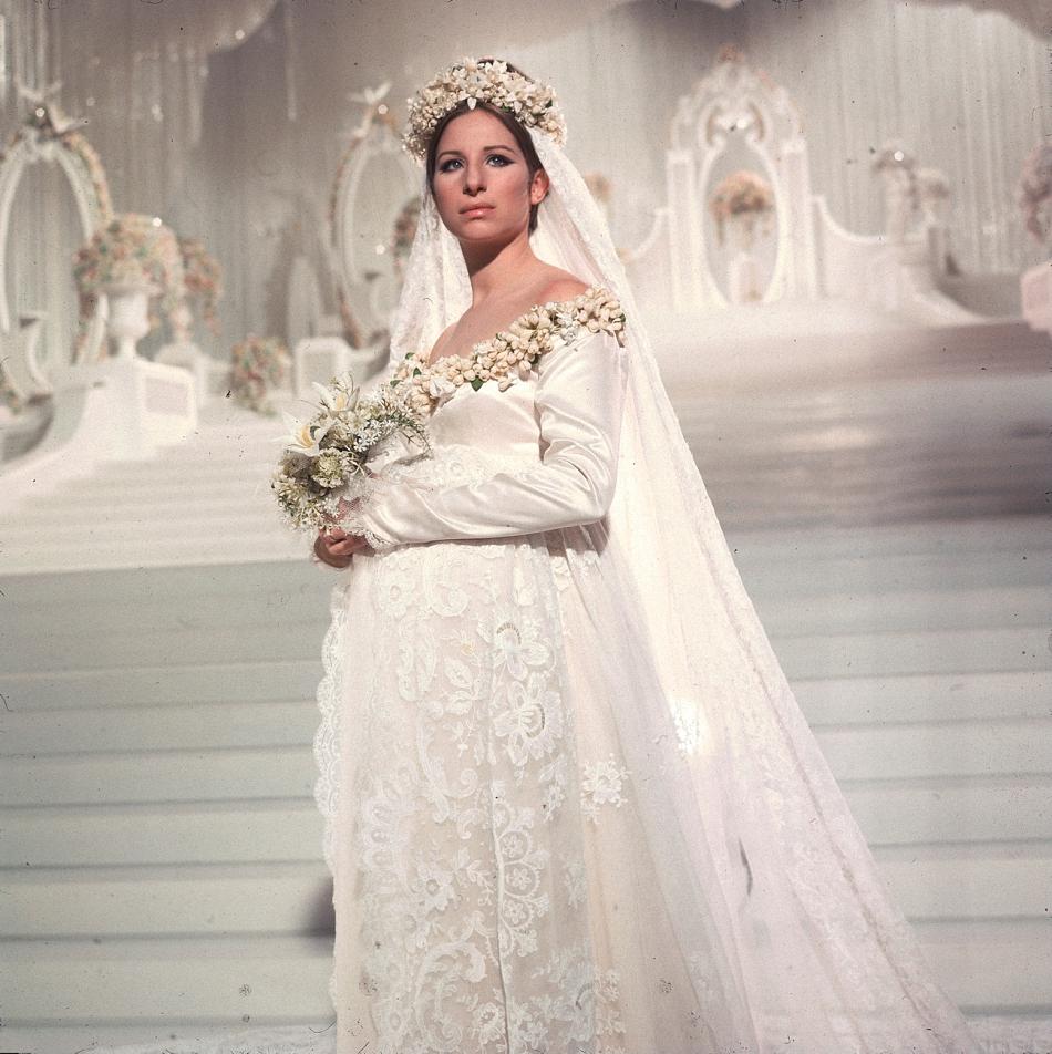Самые запоминающиеся кино-свадьбы (для вдохновения будущим невестам — экранные наряды Вивьен Ли, Элизабет Тейлор, Сары Джессики Паркер)