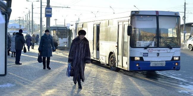 Омичи смогут оплатить проезд вавтобусах спомощью смартфона
