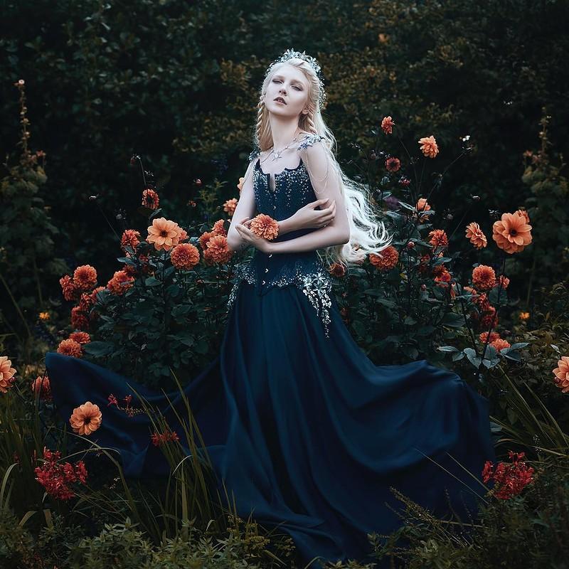 0 17e880 cdf6300d orig - Магические портреты девушек от Беллы Котак