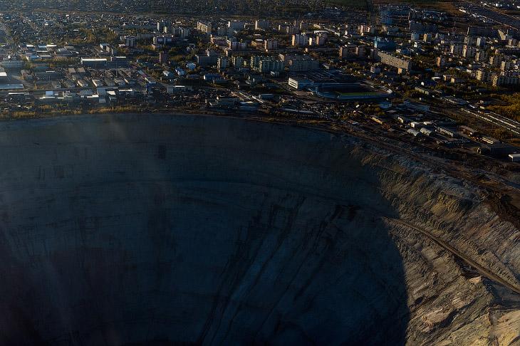 Путешествие за алмазами в недра земли (33 фото)