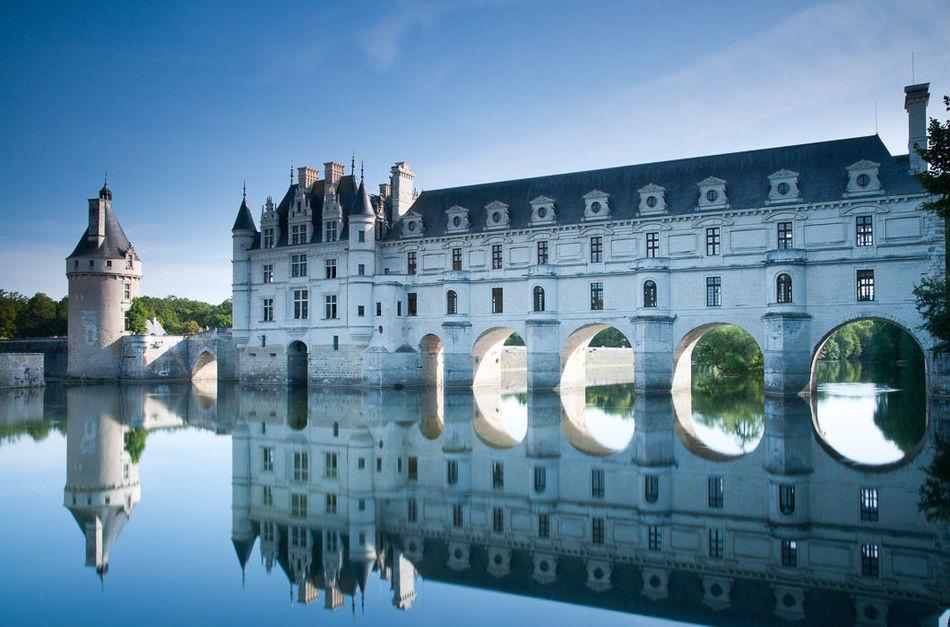 Сказочная реальность: самые потрясающие замки в мире (18 фото)