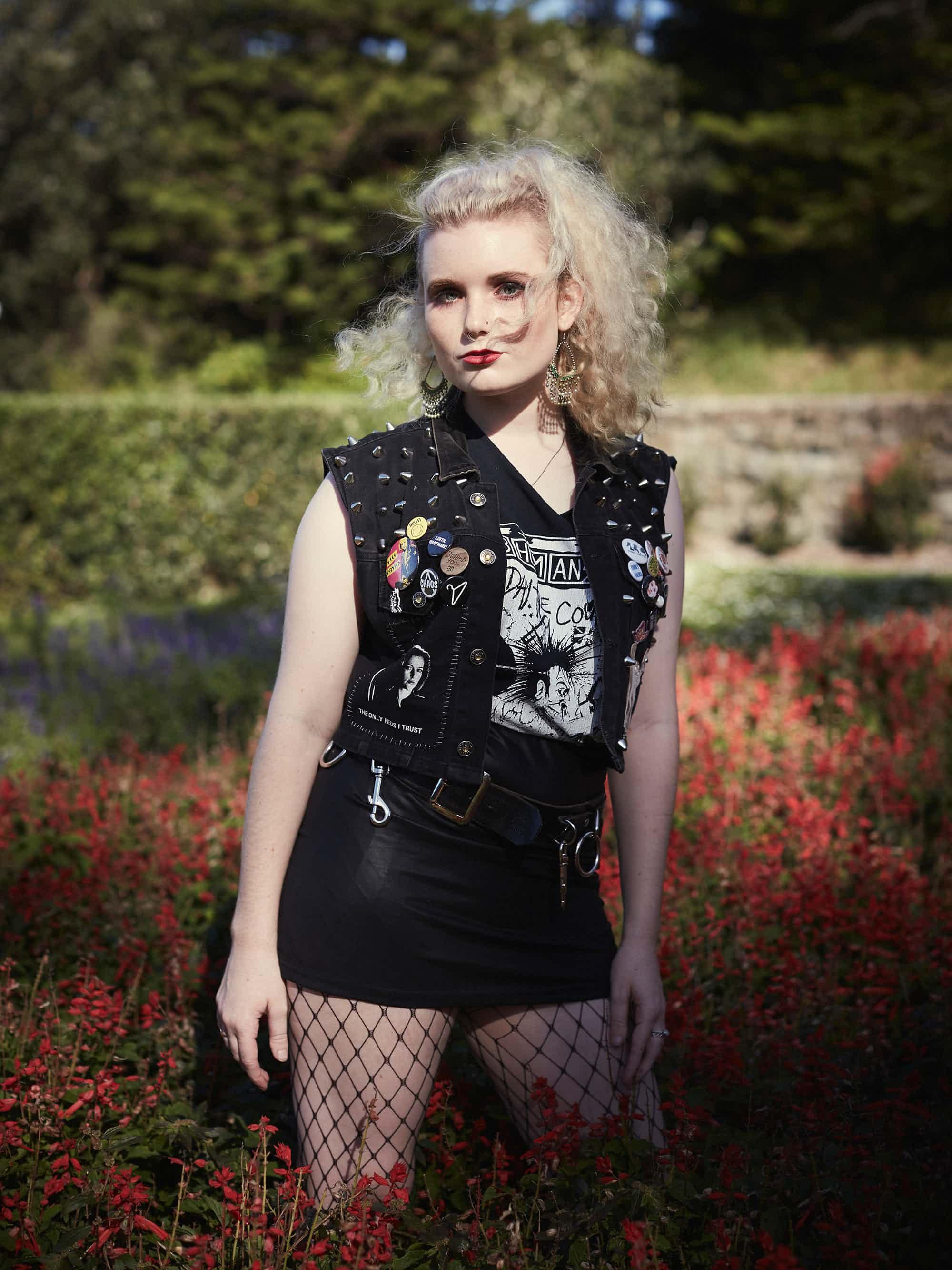 Мадлен    Мадлен Митчелл из Ньюкасла играет в двух местных панк-группах: Rort M