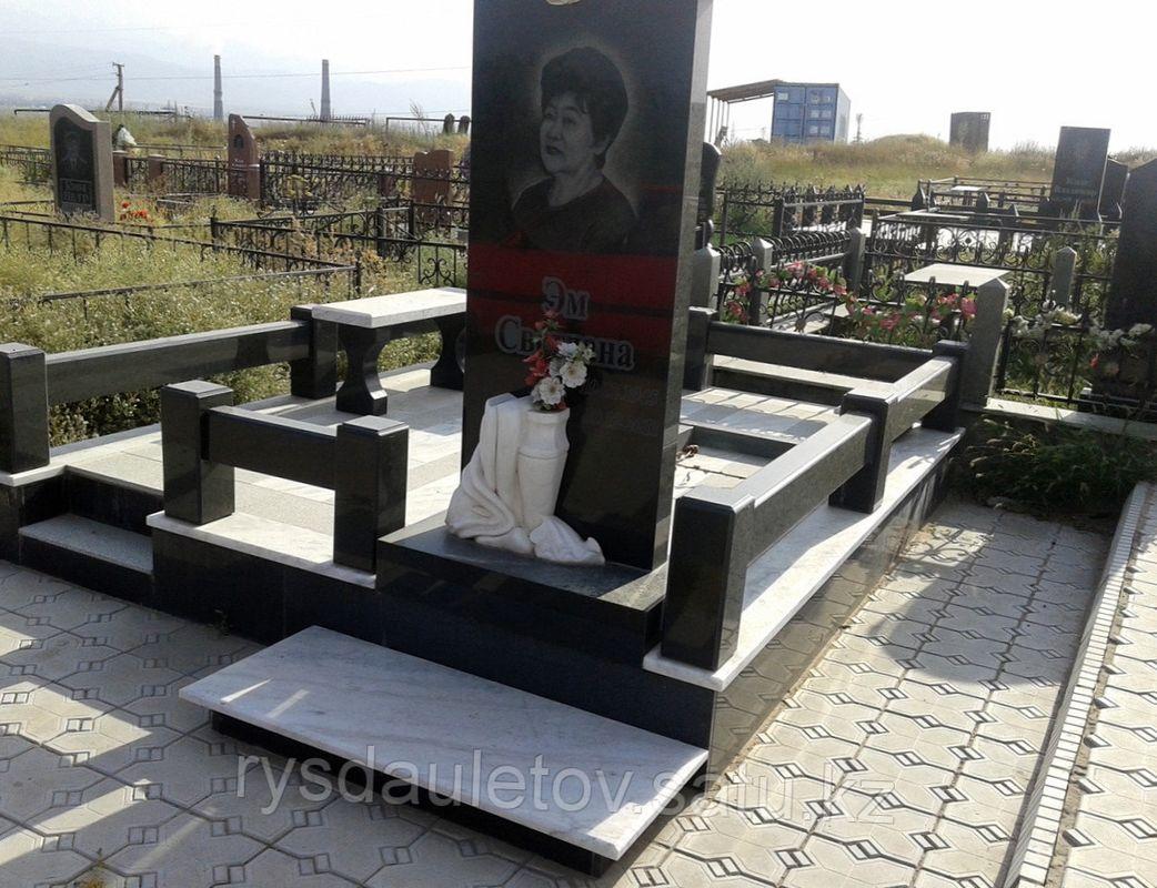 Памятники из гранита минск цены новосибирск памятники из гранита каталог цена фото луга