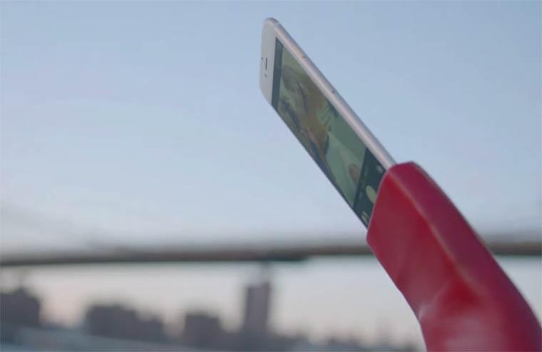 Selfie Shoes – The future of Selfie Sticks?