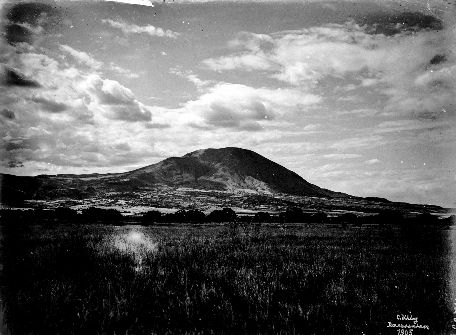 26. Вулкан Кермаси