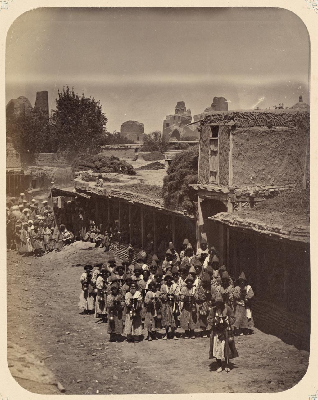Секта каландаров. Каландары, просящие милостыню на улице
